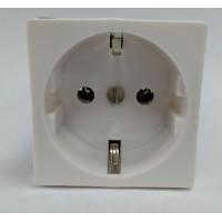 Розетка электрическая 2К+З (белая)